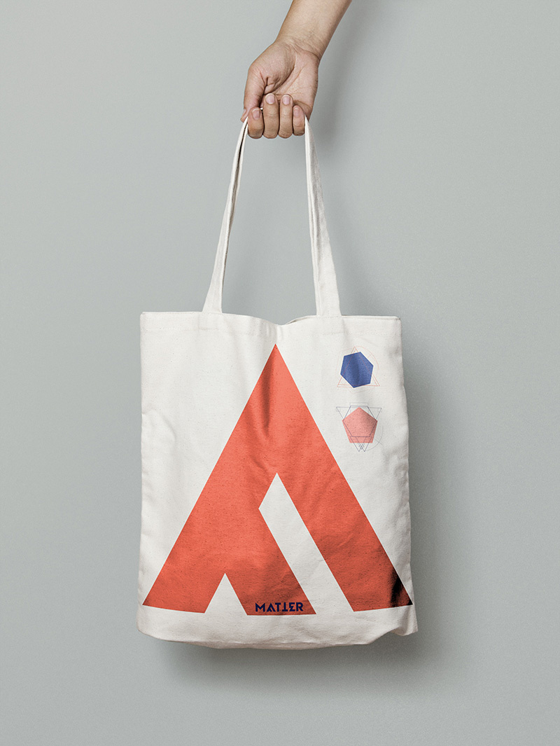 Canvas-Tote-Bag-MockUp-01